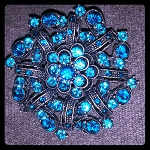 Gorgeous aqua blue brooch with loop for necklace